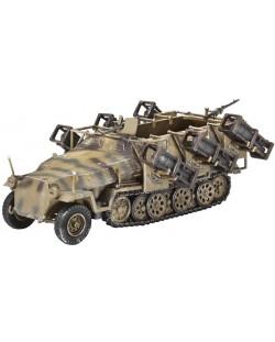 Сглобяем модел на бронетранспортьор Revell - Sd.Kfz 251/1 Ausf.C w/Lauchframe 40 (3173)
