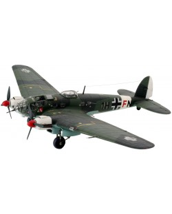 Сглобяем модел на военен самолет Revell - Heinkel He111 H-6 (04377)