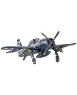 Сглобяем модел на военен самолет Revell - F-8F Bearcat (04680)