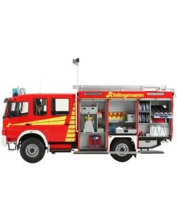 Сглобяем модел на пожарна кола Revell - Schlingmann TLF 16/25 Mercedes Benz Atego 1529 AF (07586)