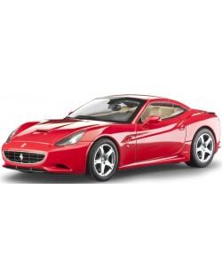 Сглобяем модел на автомобил Revell - Ferrari California (close top) (07191)