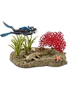 Фигурки Schleich от серията Аксесоари към Диви Животни: Водолаз в кораловия риф
