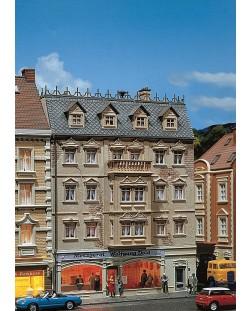 Жилищна сграда с магазин за месо Faller