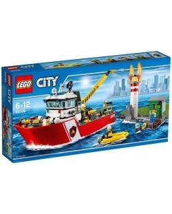 Конструктор Lego City - Пожарникарска лодка (60109)