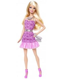 Барби с искряща рокля