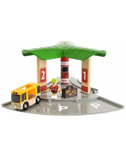 Игрален комплект от дърво Brio World - Автобусна и влакова станция