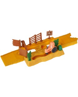 Игрален комплект Mattel Cars Story Sets - Tractor Tippin, Deluxe
