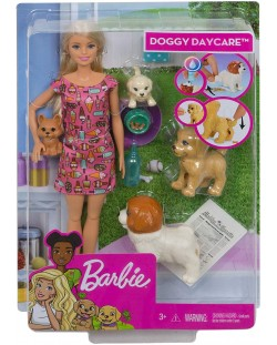 Игрален комплект Mattel Barbie - Барби с 4 кученца
