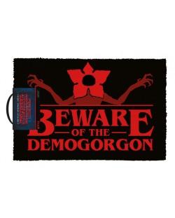 Изтривалка за врата Pyramid - Stranger Things (Beware of the Demogorgon)