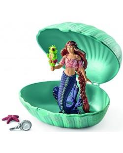 Комплект фигурки Schleich Bayala - Русалка в мида, с бебе морско конче