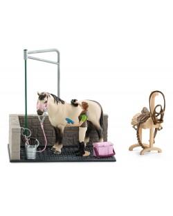 Фигурка Schleich от серията Аксесоари към Животни във фермата: Място за измиване на коне