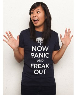 Threadless Now Panic and Freak Out - дамска M