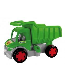 wader-65015-fermerski-kamion-gigant