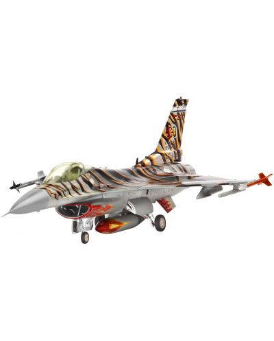 Сглобяем модел на военен самолет Revell Lockheed - Martin F-16C Tiger Meet 2003 (04669) - 1