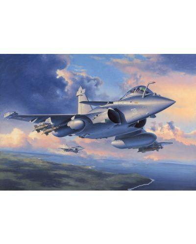 Сглобяем модел на военен самолет Revell - Dassault Rafale M & bomb rack (04517) - 2