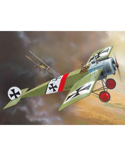 Сглобяем модел на военен самолет Revell - Fokker E.III (04188) - 2