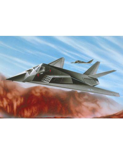 Сглобяем модел на изтребител Revell - F-117 Stealth Fighter (04037) - 4