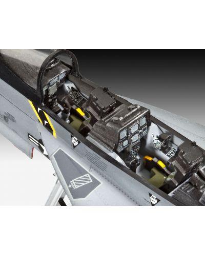 Сглобяем модел на изтребител Revell - F/A-18F SUPER HORNET twin seater (04864) - 3