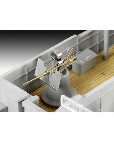 Сглобяем модел на военен кораб Revell - FLOWER CLASS CORVETTE Platinum Edition (05112) - 5