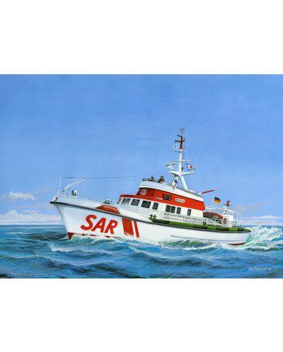 Сглобяем модел на кораб Revell - Search & Rescue Vessel BERLIN (05211) - 2