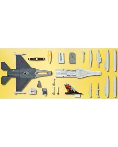 Сглобяем модел на изтребител Revell Easykit - F-16 Fighting Falcon (06644) - 5