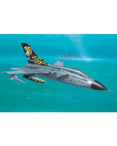 Сглобяем модел на военен самолет Revell Easykit - Tornado (06624) - 2