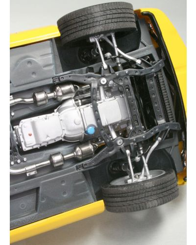 Сглобяем модел на автомобил Revell -2010 Camaro SS (07088) - 4