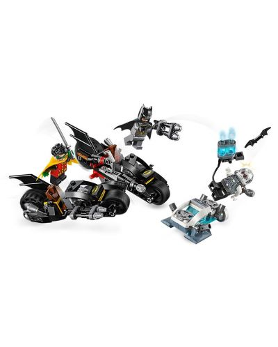 Конструктор Lego DC Super Heroes - Mr. Freeze Batcycle Battle (76118) - 3