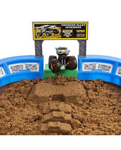 Игрален комплект с кинетичен пясък Spin Master Monster Jam - Арена с ексклузивно бъги, Deluxe - 2