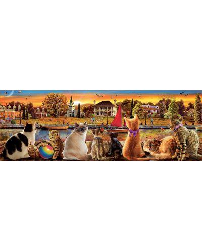 Панорамен пъзел Educa от 1000 части - Котки на кея - 2
