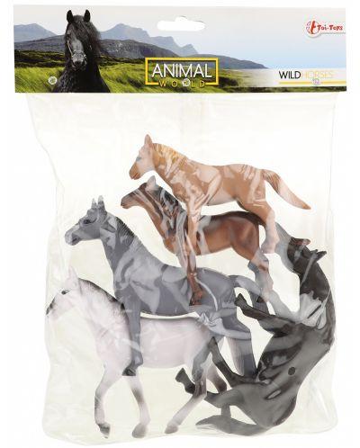 Комплект фигурки Тoi Toys Animal World - Deluxe, Диви коне, 5 броя - 2