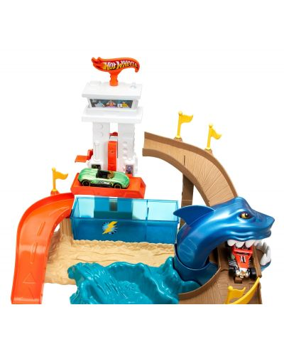 Комплект за игра Hot Wheels - Писта акула и колички с промяна на цвета - 2