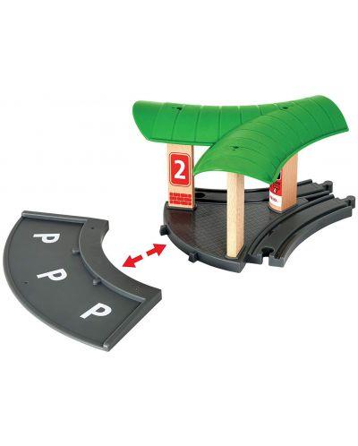 Игрален комплект от дърво Brio World - Автобусна и влакова станция - 3