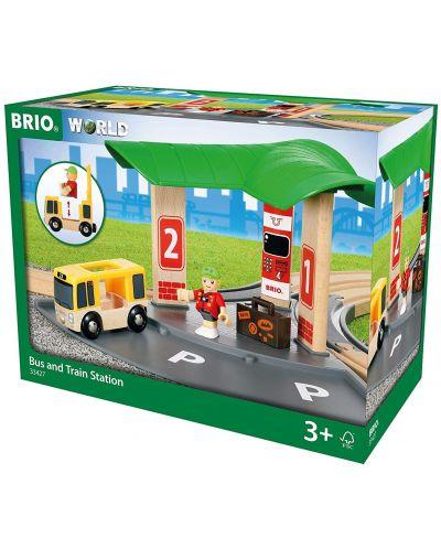 Игрален комплект от дърво Brio World - Автобусна и влакова станция - 4