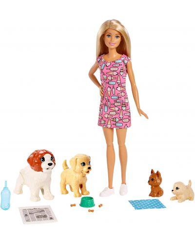 Игрален комплект Mattel Barbie - Барби с 4 кученца - 2