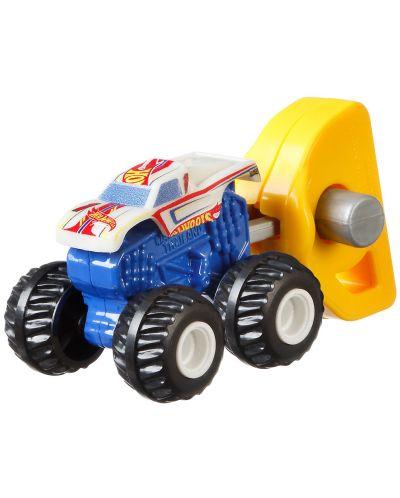 Количка-изненада Hot Wheels Monster Trucks -  Мини бъги - 5