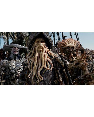 Карибски пирати: Сандъкът на мъртвеца (DVD) - 12