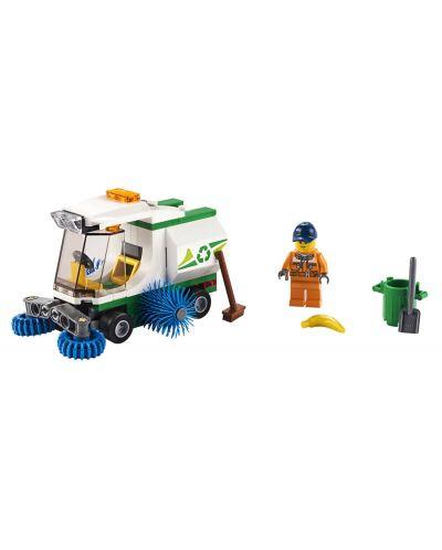 Конструктор Lego City Great Vehicles - Машина за метене на улици (60249) - 4