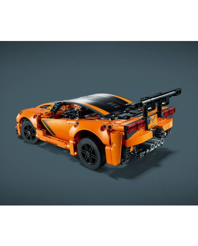 Конструктор Lego Technic - Chevrolet Corvette ZR1 (42093) - 3