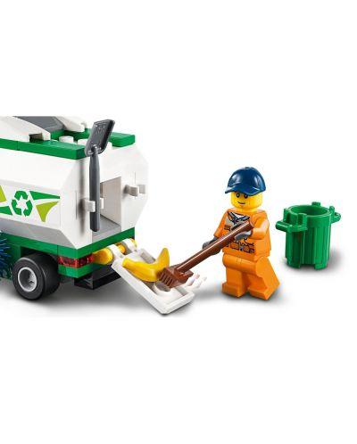 Конструктор Lego City Great Vehicles - Машина за метене на улици (60249) - 5