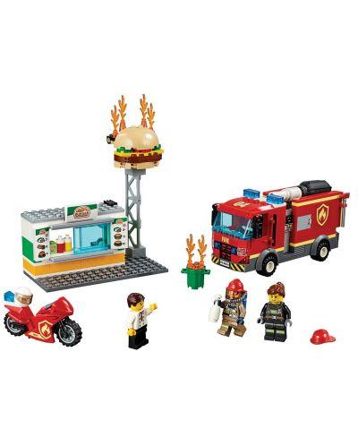 Конструктор Lego City - Спасителна акция от пожар в бургер бар (60214) - 5