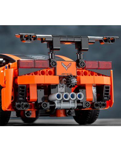 Конструктор Lego Technic - Chevrolet Corvette ZR1 (42093) - 11