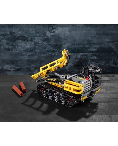 Конструктор Lego Technic - Верижен товарач (42094) - 6