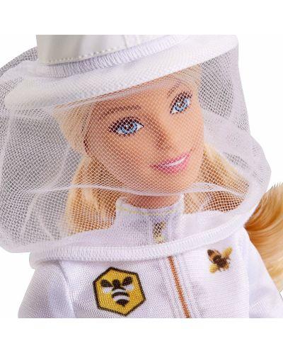 Игрален комплект Mattel Barbie - Пчеларка - 4