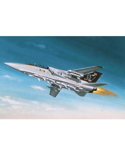 Сглобяем модел на военен самолет Revell - Tornado ADV F.Mk.3 (04375) - 1