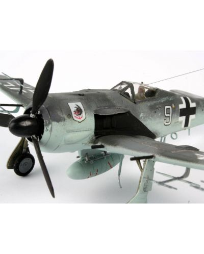 Сглобяем модел на военен самолет Revell - Focke Wulf Fw 190 A-8/R11 (04165) - 4