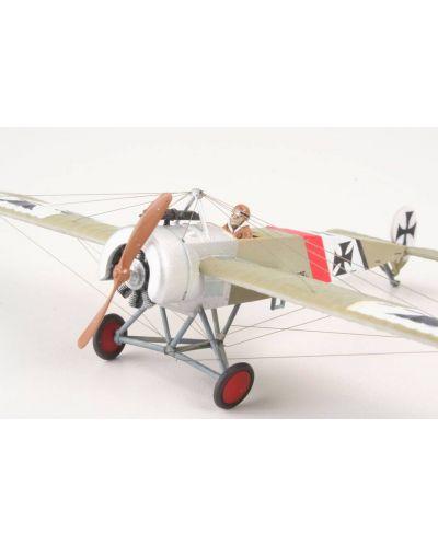 Сглобяем модел на военен самолет Revell - Fokker E.III (04188) - 3