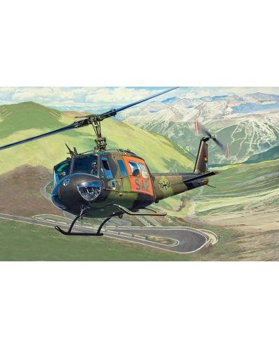 Сглобяем модел на хеликоптер Revell - Bell UH-1D SAR (04444) - 2