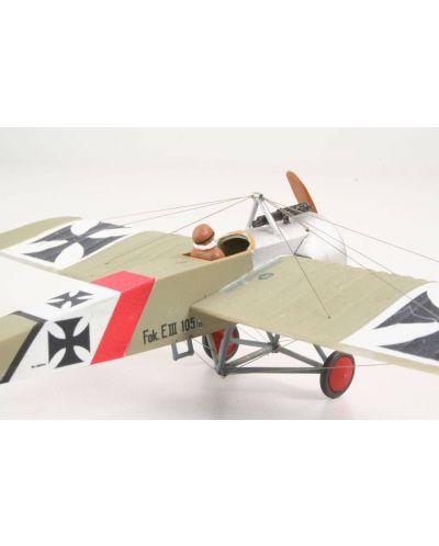 Сглобяем модел на военен самолет Revell - Fokker E.III (04188) - 4