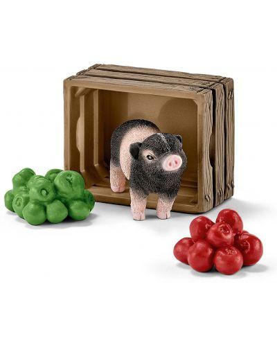 Фигурки Schleich – Мини прасенце с ябълки - 1